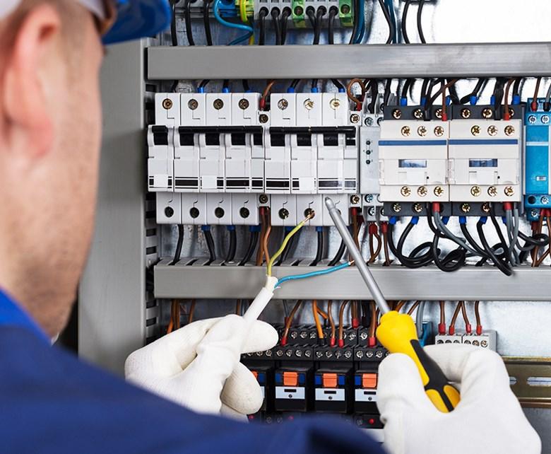 Impianti elettrici riccione